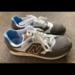 New Balance 878 Abzorb Shoes